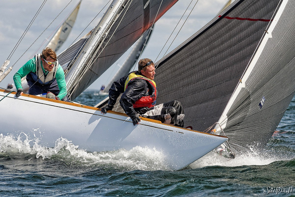 Bowmans Life– Some random pictures from the more wet compartment of the 6mR and 8mR classics and some other team photos. All taken at Hanko Regatta 2013.