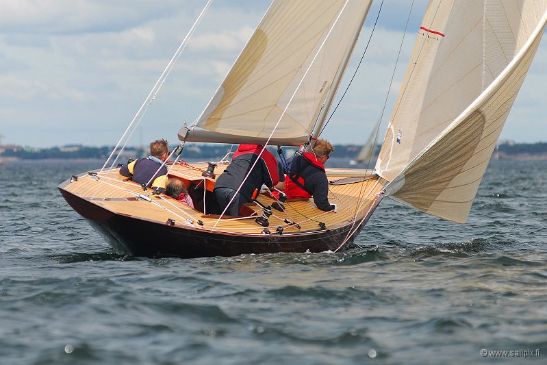 Greatest annual Regatta with most classes in Finland. Unfortunately only few pictures this year, taken by Riku Oinonen.