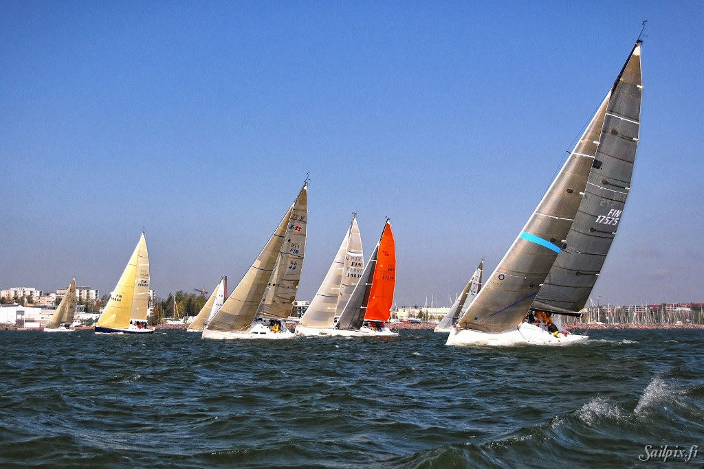 First Race in Finnish Offshore Ranking 2007  in sunny and windy weather.