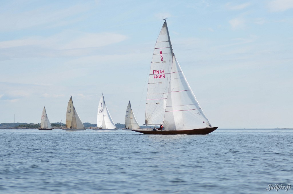 """6mR Finnish Championshipfinal day pictures. The World Champion in 2011 """"Sara af Hangö"""" is also the best 6mr yacht in Finland 2012. Results. Open Slideshow"""