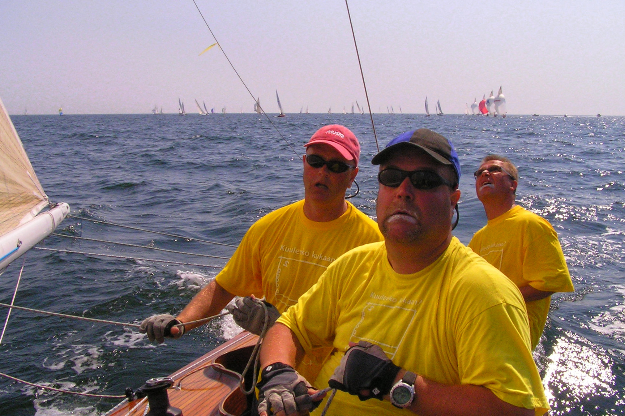 Photos taken from 6mR FIN-60 Off Course during the races in Hanko Regatta 2006.