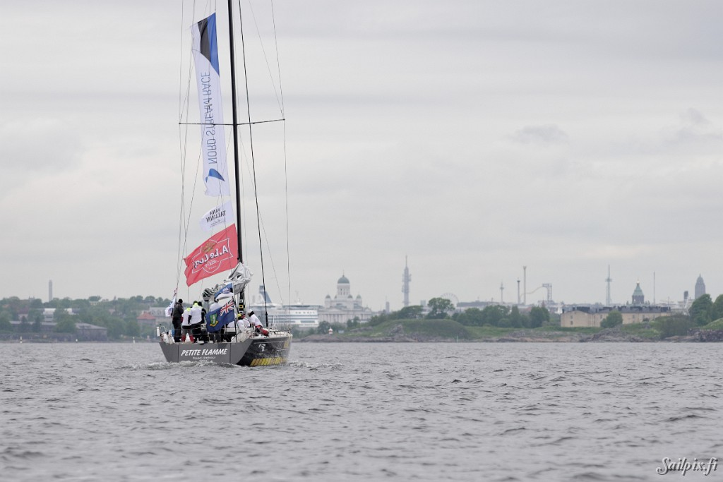 The Swan fleet consisting of 6 Swan 60's and 1 Swan 45 arrived this morning in Helsinki. The offshore race from St. Petersburg to Helsinki was finished in the night at 3:00 am after the race director decided to finish the race because of light wind. At 03:00 am the positions of the yachts were […]