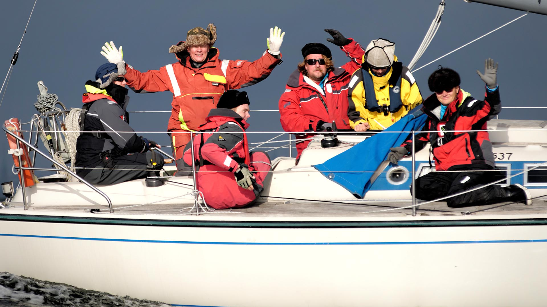 """Last offshore race of the season 2014 in Finland. Name of the race """"Karvalakki"""" means """"fur hat"""", which you can recognize in many of the 133 photos taken during the warm and partly sunny day. Results."""