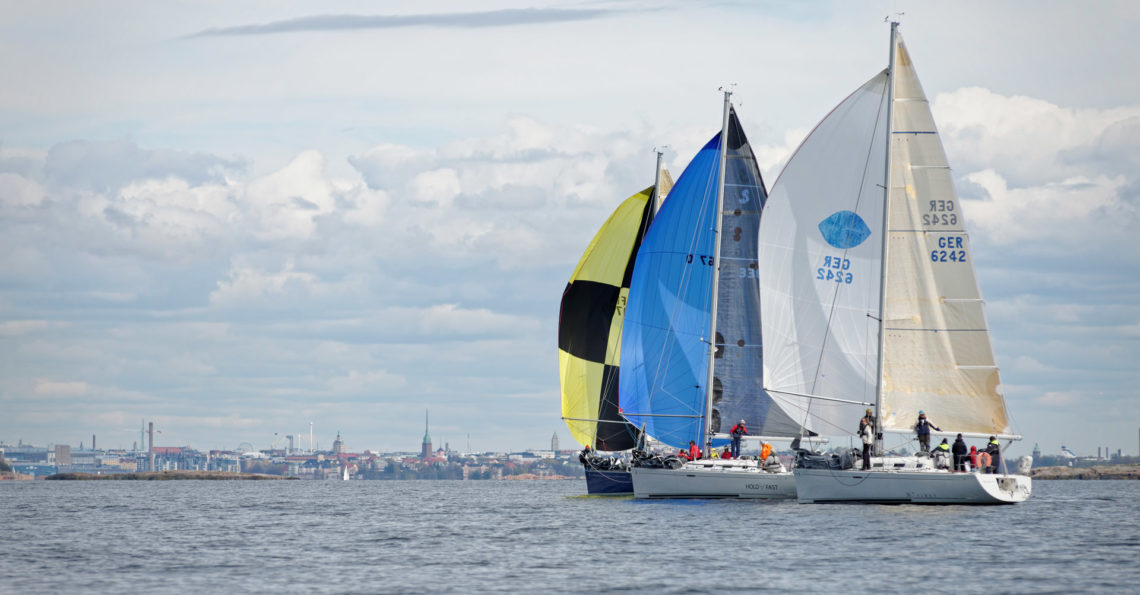 During the Pro Sailor Race while waiting for the yachts to come off shore I had the opportunity to take some photos from the first race. RESULTS.