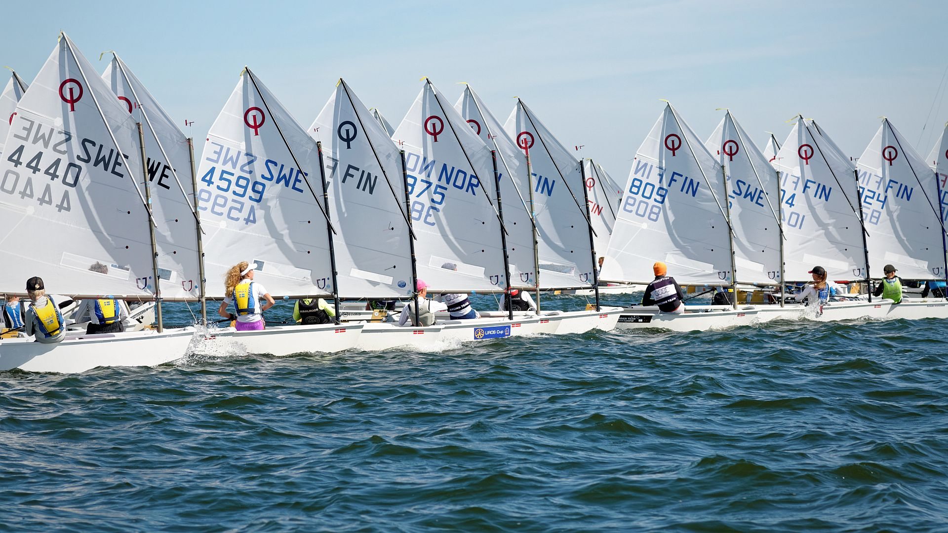 Three days of sailing in sunny weather at Esbo Segelförening, Pentala. Photos, where tried to catch every single sailor, are from Sunday. Gold fleet (61 photos) Silver fleet (90 photos) Cadets (80 photos) Results: Gold/Silver fleetand Kadett