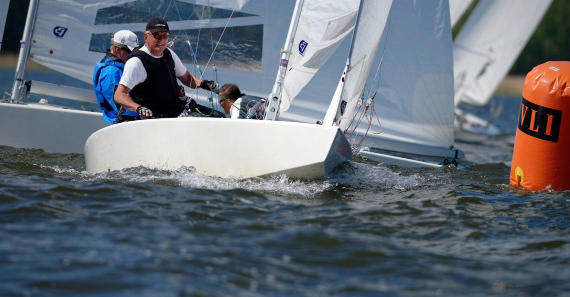 Second year for the Krångel Star Challenge organized by Ekenäs Segelsällskap (ESS).10 boats sailed 9 races in excellent conditions with light to medium breeze. The Classic winner (over all 6th place) was Anders Hedman & Kustaa Lahtinen with Old Gipsy (FIN 4378) an Old Greenwich built boat from 1961. The over all winner was Stefan […]